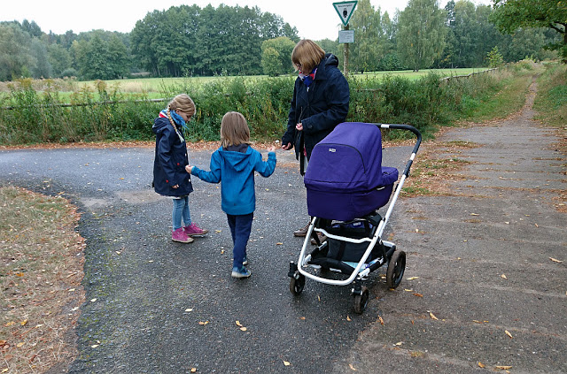 Spaziergang mit Britax, Familienblog, Mamablog, Papablog,