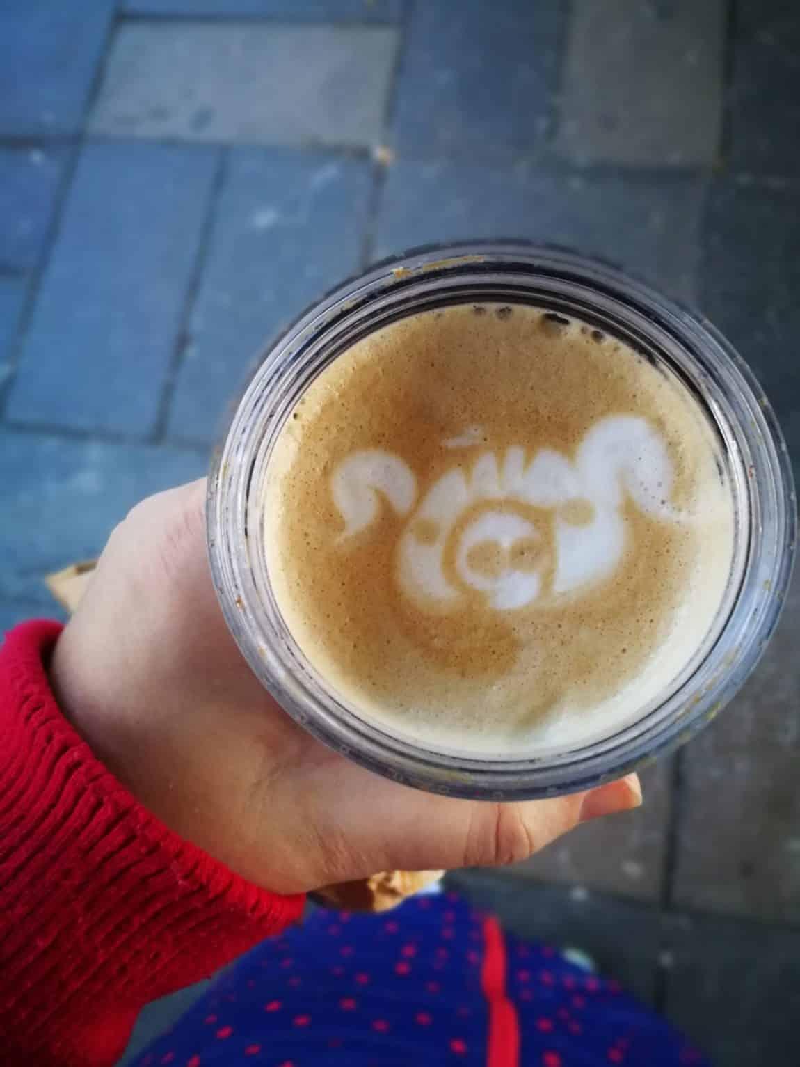 Kaffee mit Bild Barista grossekoepfe