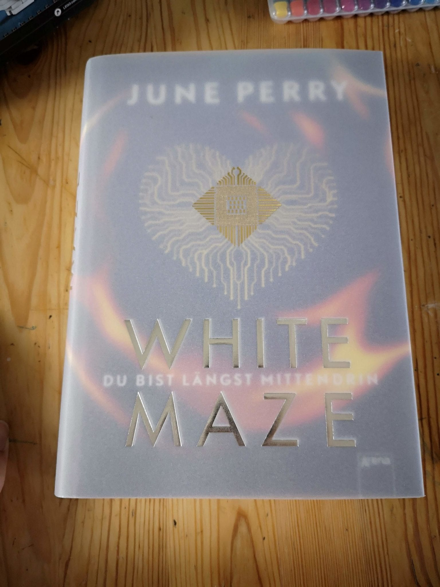 Whitze Maze_June Perry