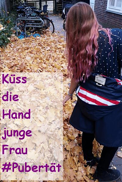 Kuess die Hand junge Frau_grossekoepfe.de