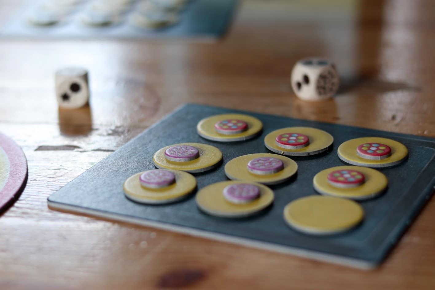 Das Brettspiel Cookies aus dem HUCH Verlag