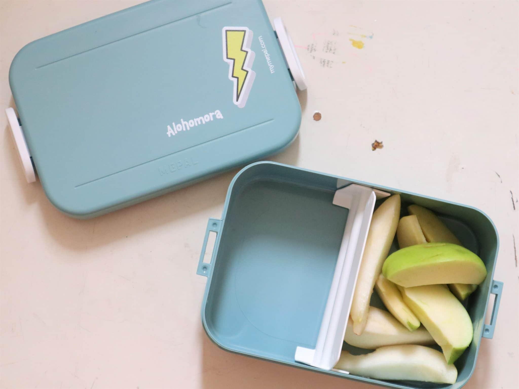 Brotbox mit Birne und Harry Potter Spruch