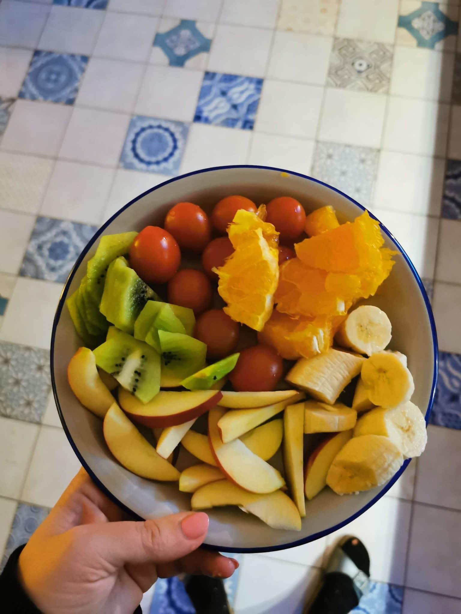Zum Abendbrot gibt es dann wieder Obst für alle.