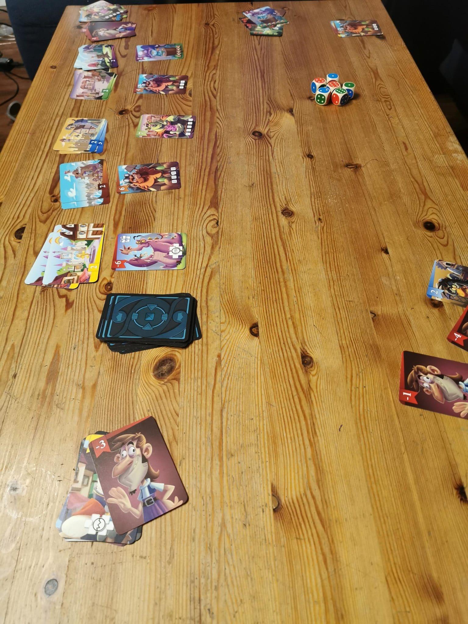Würfelkönig können auch schon Kinder spielen die noch nicht rechnen können.