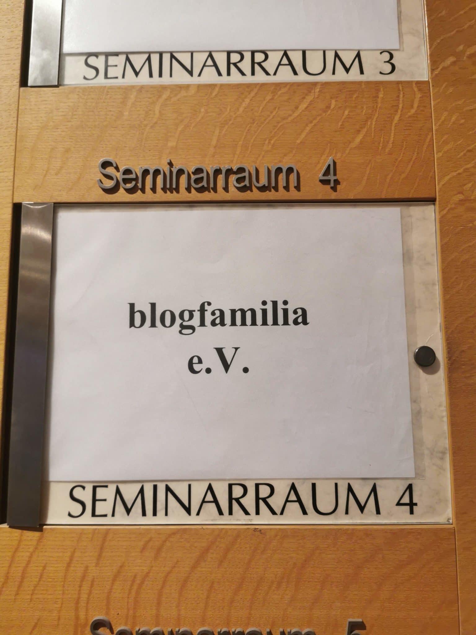 Der Verein hat einen eigenen Seminarraum.