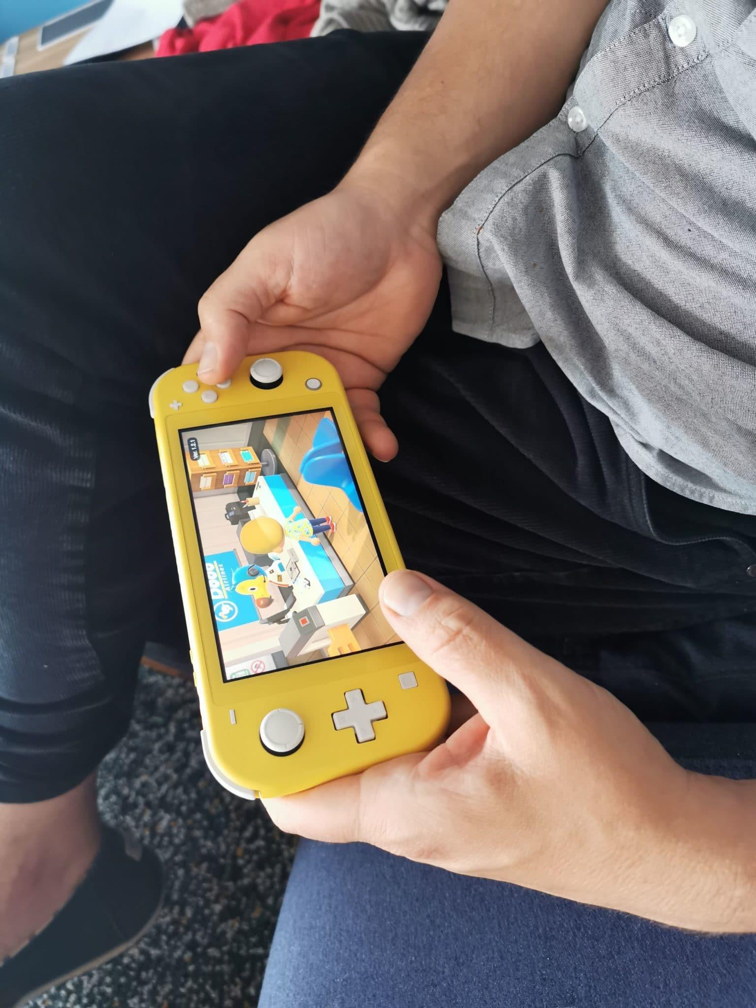 Der Mann spielt Animal Crossing...es ist alles sehr lustig