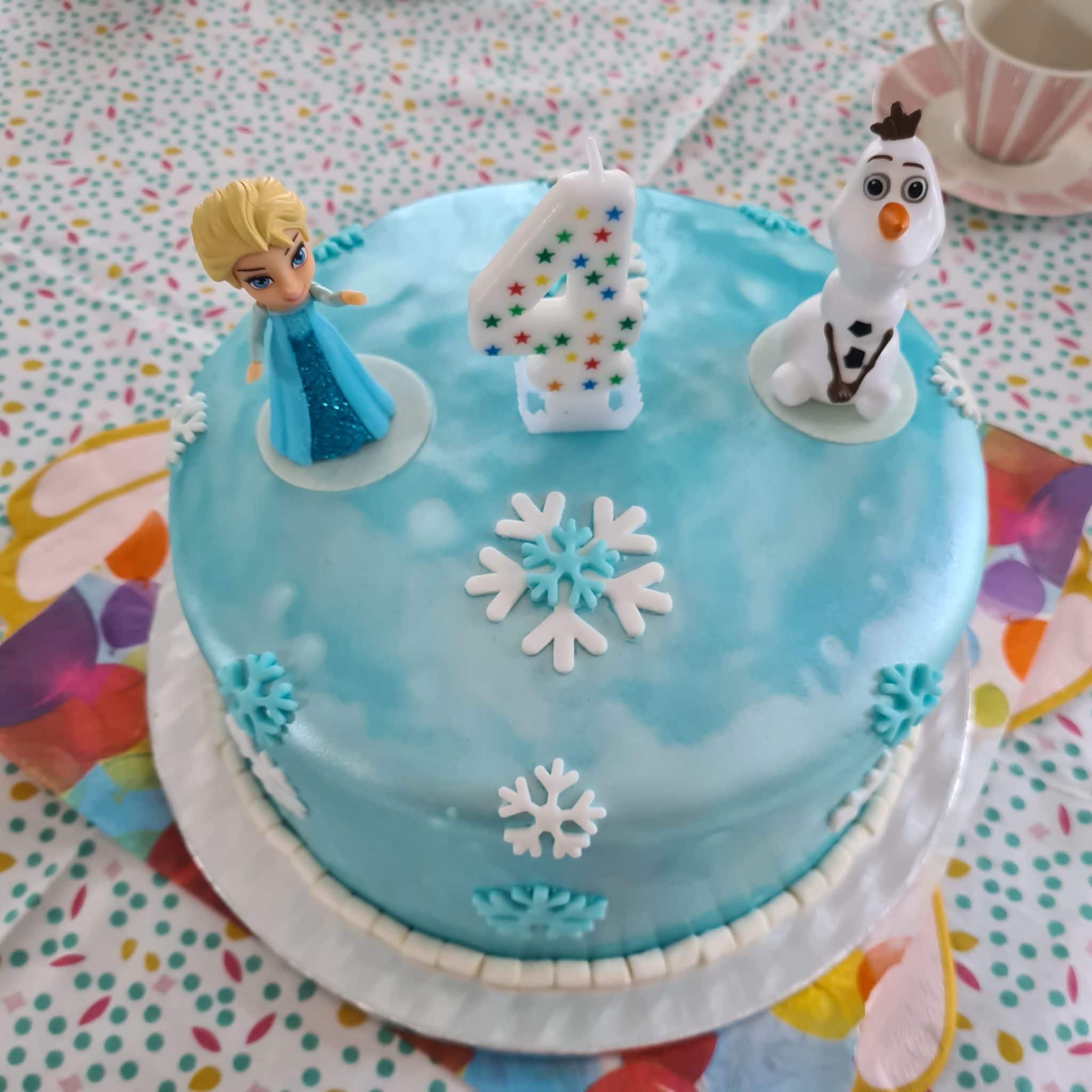 #11 die schönste Torte bekommt die Vierjährige und bei mir wächst das Wissen: Dies ist meine letzte Vierjährige.