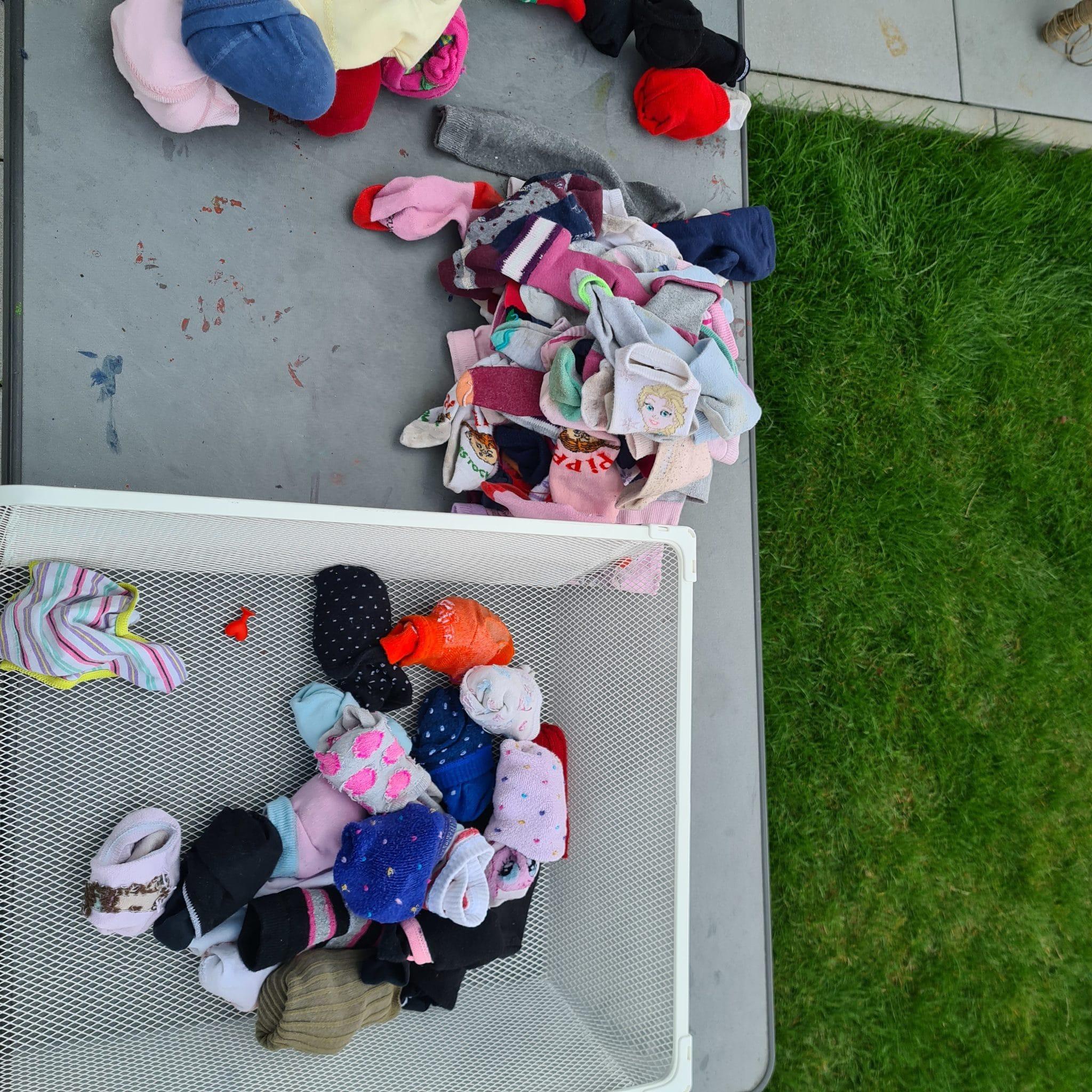 Heute sortiere ich Socken (warum sind das immer so viele?)