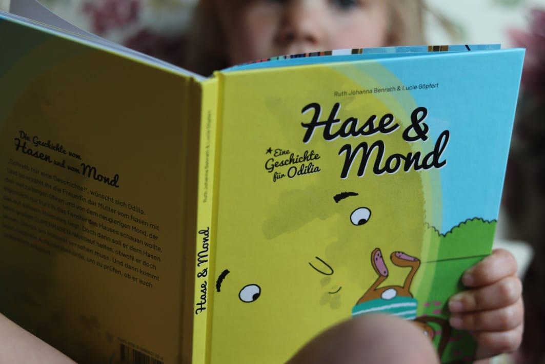 ssekoepfe_Hase+Mond-Buch