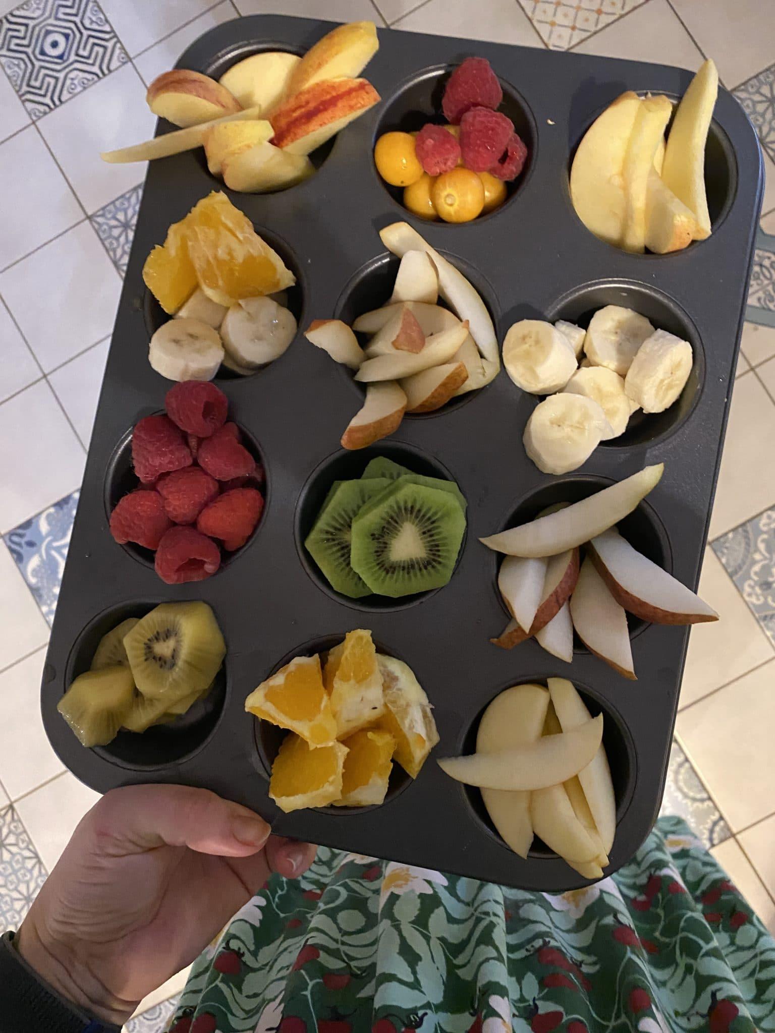 Am Abend gibt es Obstteller für alle.