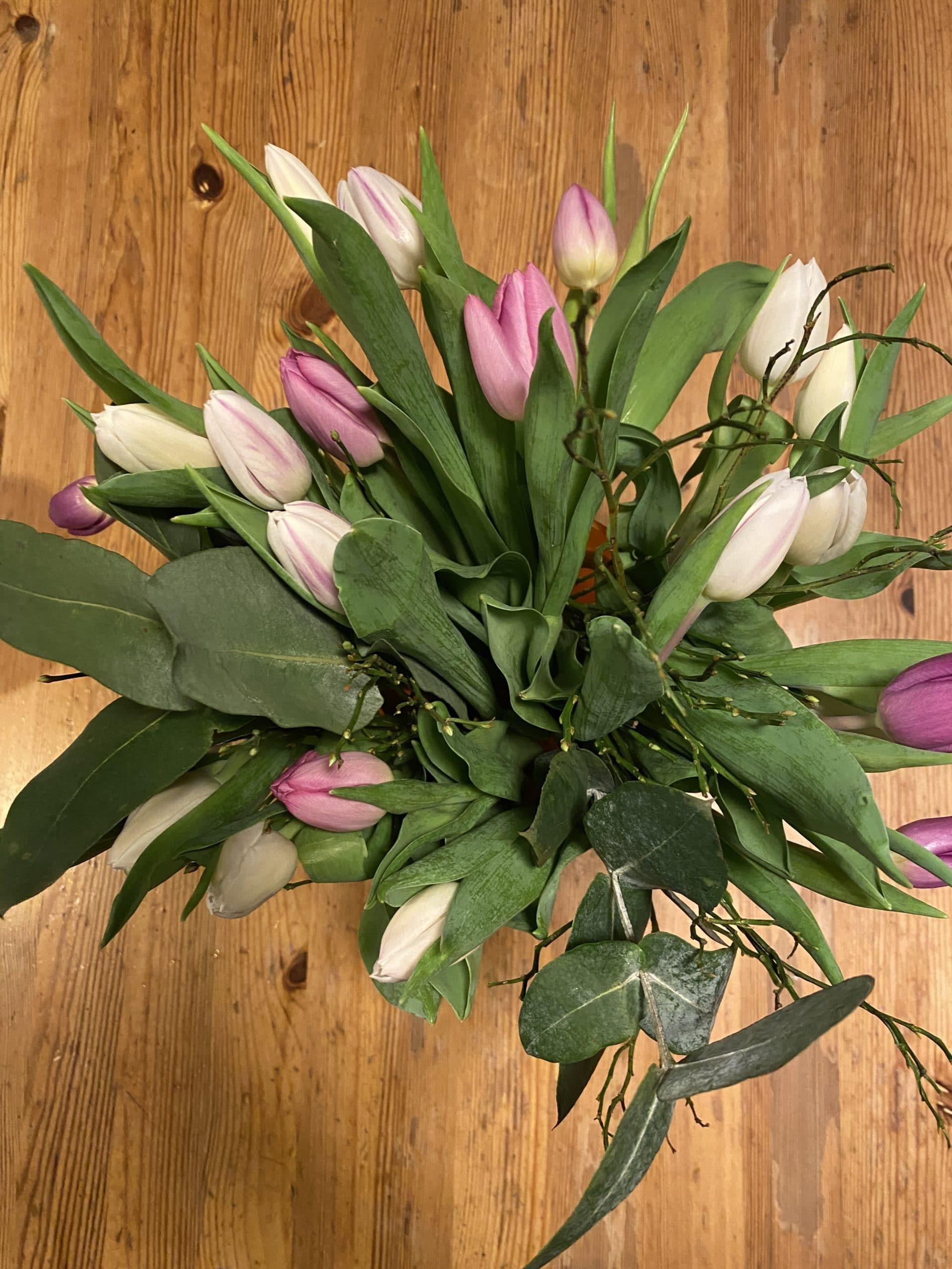 #1 Der Blumenstrauss sagt Guten Morgen. Ich freue mich darüber.