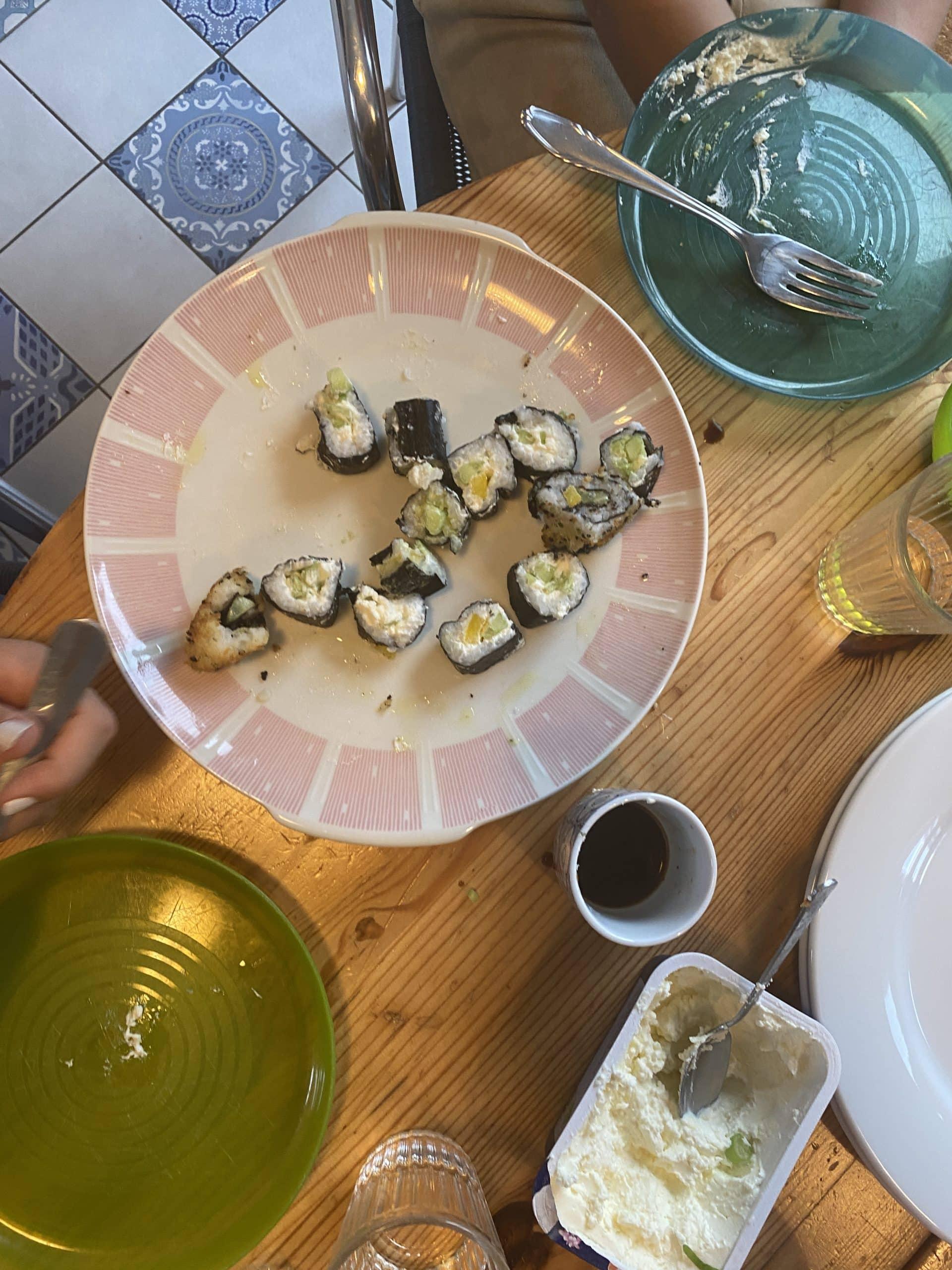 #11 Denn heute machen wir mit dem Besuch selbst Sushi (und spielen ein Online Escape Room Spiel)