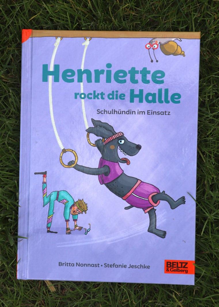 Henriette die Schulhündin